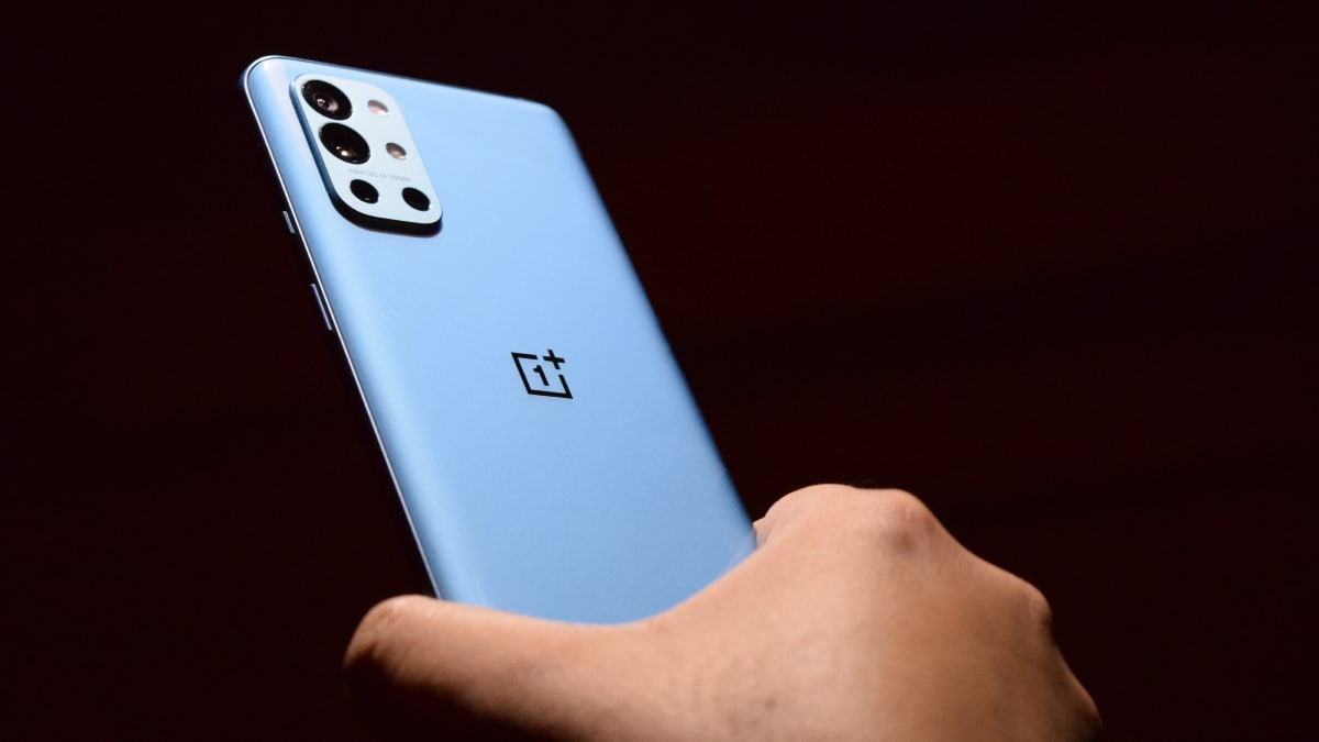OnePlus 9R sale begins for everyone in India today: Where to buy, top features, and launch offers